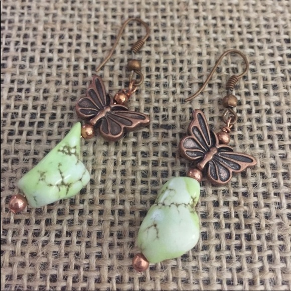 Jewelry - Green Howlite Nugget Earrings